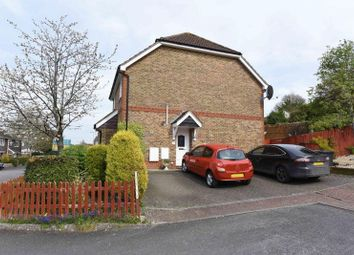 Thumbnail 2 bed flat to rent in Tower Hill Court, Kingsclere, Newbury