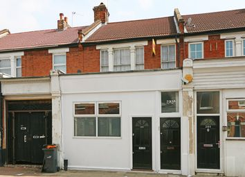 Thumbnail 1 bed flat to rent in Cavendish Road, Balham