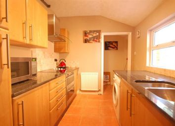 Thumbnail 1 bedroom property to rent in Royal Court, Kings Road, Reading