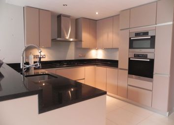 Thumbnail 4 bed property to rent in Boardman Close, Barnet