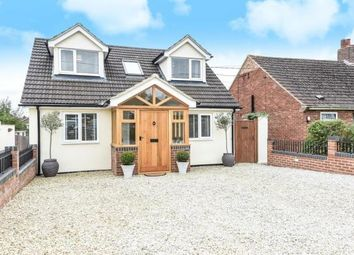 Thumbnail 3 bed detached house to rent in Farmoor, Oxfordshire