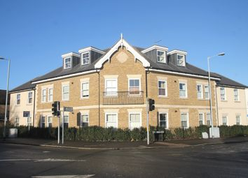 Thumbnail 2 bed flat to rent in Bell Court EPC - B, Oak Lane, Windsor