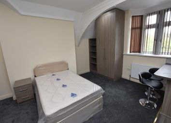 Thumbnail Studio to rent in The Close, Bristol Road, Selly Oak, Birmingham