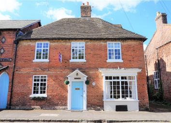 Thumbnail 4 bed property for sale in Chapel Street, Wellesbourne