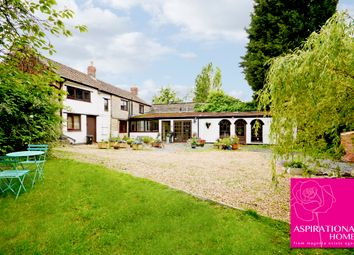 Thumbnail 3 bed cottage for sale in East Street, Stanwick