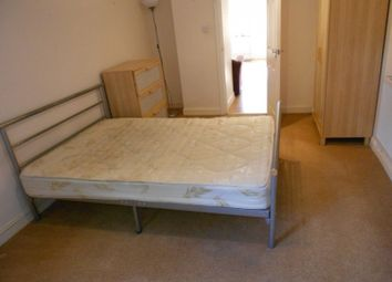 Thumbnail 1 bed flat to rent in Royal Park Terrace, Hyde Park, Leeds