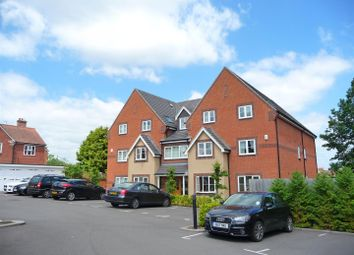 Thumbnail 2 bed flat to rent in Enborne Road, Newbury