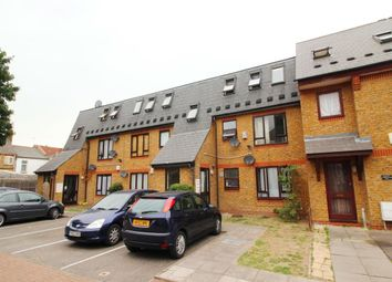 Thumbnail 2 bed flat to rent in Orwell Road, London