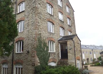 Thumbnail 2 bed flat to rent in Malmesbury