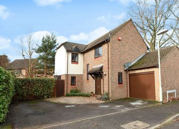 Thumbnail 3 bedroom detached house for sale in Carolina Place, Finchampstead, Berkshire