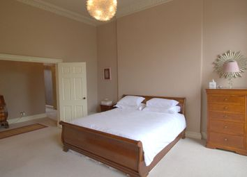 Thumbnail 2 bed flat to rent in Gayfield Square, Central, Edinburgh