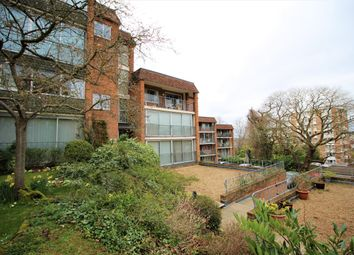 Thumbnail 3 bedroom flat to rent in The Mount, Guildford