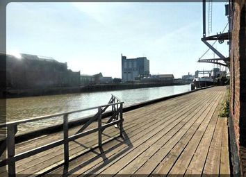 Thumbnail 1 bed flat to rent in Phoenix House, High Street, Hull