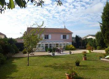 Thumbnail 3 bed property for sale in Saint-Maixent-l-Ecole, Deux-Sèvres, France