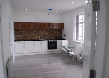 Thumbnail 1 bed flat to rent in Knifesmithgate, Chesterfield