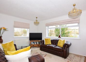 3 bed detached bungalow for sale in Hillcrest Drive, Cuxton, Rochester, Kent ME2