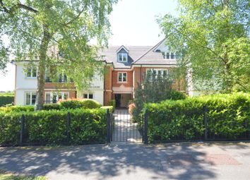 St. Monica's Road, Kingswood, Tadworth KT20. 2 bed flat