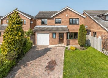 Thumbnail 5 bedroom detached house for sale in Upper Green Drive, Tingley, Wakefield