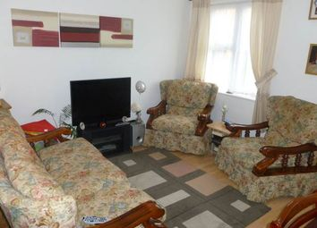 Thumbnail 1 bed flat to rent in Abbotswood Way, Hayes, Middlesex