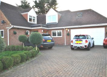 Thumbnail 6 bed detached house to rent in Acorn Lane, Cuffley