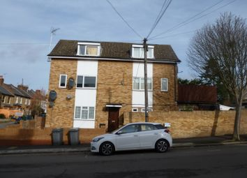 1 bed flat to rent in Hutton Grove, North Finchley N12