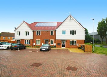 Thumbnail 2 bedroom flat for sale in Vulcan Close, Biggin Hill, Westerham