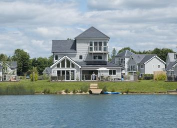 Thumbnail 5 bed property for sale in 27 The Super Grand Hampton, Summer Lake