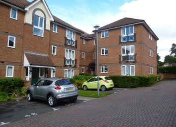 Thumbnail 2 bed flat to rent in Shaw Park, Crowthorne