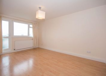 Thumbnail 1 bed flat to rent in Battersea High Street, Battersea