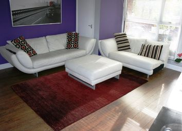 Thumbnail 3 bed flat to rent in Maynard Court EPC - E, Clarence Road, Windsor