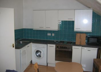 1 bed property to rent in Flat 5, 3 Moor View, Hyde Park LS6
