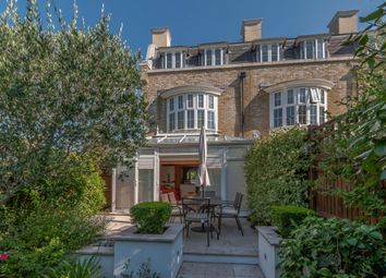 4 bed town house for sale in St. Martins Lane, Beckenham BR3
