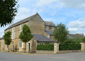 Thumbnail 6 bed property for sale in 33A Towngate East, Market Deeping, Peterborough
