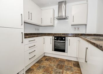 Thumbnail 1 bedroom flat to rent in Dudley Street, Luton, Bedfordshire