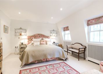 Thumbnail 3 bedroom mews house for sale in Eastbourne Mews, Bayswater, London