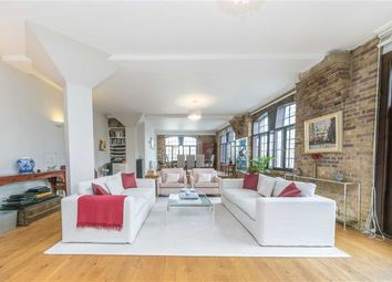 3 bed flat for sale in Telfords Yard, London E1W