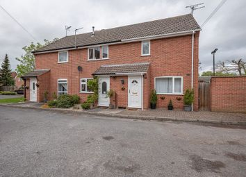 Thumbnail 3 bed town house for sale in Heywood Close, Southwell, Nottingham