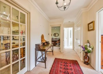 Thumbnail 2 bed flat for sale in Oakleigh Park North, Whetstone, London