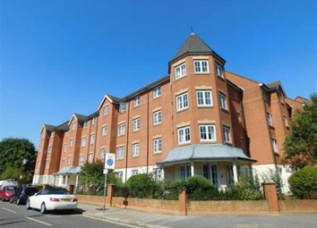 Thumbnail 1 bedroom flat to rent in Queens Crescent, Southsea