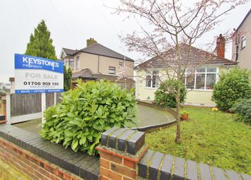 2 bed detached bungalow for sale in Mashiters Hill, Romford RM1