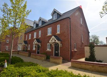 Thumbnail 3 bed town house for sale in Whitelands Way, Bicester