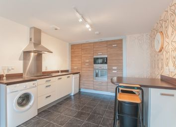 2 bed flat to rent in Kingsquarter, Maidenhead SL6