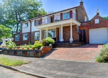 Thumbnail 6 bed detached house for sale in Highfield Park, Marlow