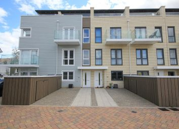 Thumbnail 4 bed town house to rent in Champlain Street, Reading