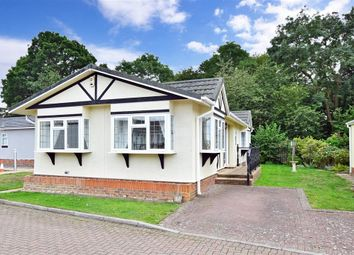 2 bed mobile/park home for sale in London Road, West Kingsdown, Sevenoaks, Kent TN15