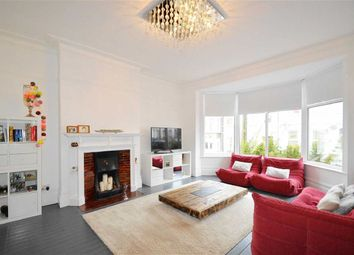 Thumbnail 2 bedroom flat to rent in Holland Road, Westcliff-On-Sea, Essex