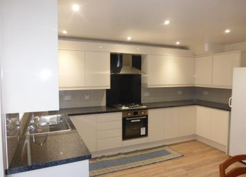 Thumbnail 3 bed flat to rent in Granville Close, Croydon