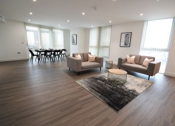 Thumbnail 3 bed flat to rent in Wandsworth Road, London