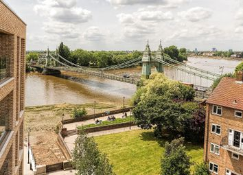 Thumbnail 2 bed flat for sale in Queens Wharf, Crisp Road, Hammersmith
