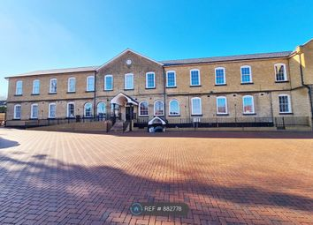 2 bed flat to rent in The Old Barracks, Gravesend DA12